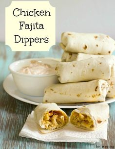 {Baked} Chicken Fajita Dippers | http://www.ihearteating.com | #appetizer #recipe #easy