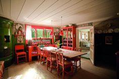 Welcome to Carl Larsson-gården | Visit Dalarna Swedish Interior Design, Swedish Interiors, Visit Sweden, Carl Larsson, World Famous Artists, Swedish House, Kitchen Sets, Family Life, Home Appliances