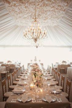 Elegante decoración de carpas para bodas.