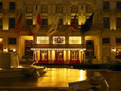 Dreaming of being Eloise at the Plaza in New York http://www.brownelltravel.com/blog/lucky-13-luxury-hotels-we-love/