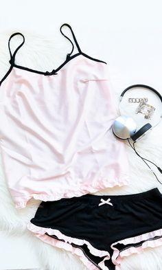 Such cute pjs Cute Pjs, Cute Pajamas, Summer Pajamas, Pretty Lingerie, Sexy Lingerie, Jolie Lingerie, Lace Sheath Dress, Bra And Panty Sets, Lingerie Sleepwear