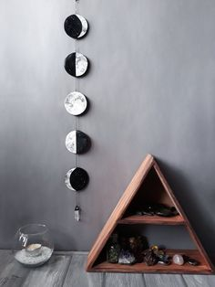Moon Phase Wall Hanging Moon Garland Lunar Phases Moon Wall Decor Black and White Moon Phases Crystal Moon Phase Moon Wall Hanging Crystal Mond Wandbehang Diy Wand, Hanging Crystals, Diy Décoration, Black Decor, My Room, Dorm Room, Office Decor, Diy Home Decor, Wall Decor Crafts