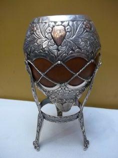 mate de Brasil de plata y oro y con pedestal