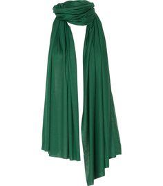 Voor een subtiele toevoeging aan je outfit ben je met deze sjaal helemaal aan het goede adres. De zachte viscosekwaliteit zorgt voor een heerlijk draagcomfort en geeft je look een sporty chique touch.