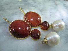 Mondstein - Ohrringe Achat Mondstein Perle Gold Unikat Luxus - ein Designerstück von TOMKJustbe bei DaWanda