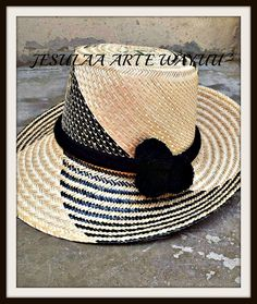 Painted Hats, Women Accessories, Fashion Accessories, Hat Decoration, Back Bag, Diy Hat, Pom Pom Hat, Summer Hats, Sun Hats