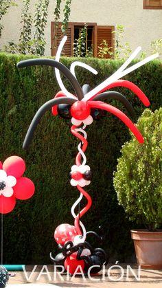 Elementos decorativos-Columna de globos Christmas Ornaments, Holiday Decor, Home Decor, Balloon Columns, Elements Of Design, Filing Cabinets, Decoration Home, Room Decor, Christmas Jewelry