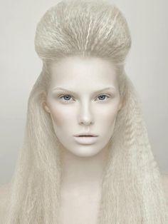 Makeup by Eliut Tarin graduate of Empire Academy of Makeup, Costa Mesa, CA #makeup #makeupartist #hairandmakeup #beauty #lovethelook