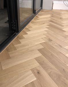 Engineered wood blocks laid in a Herringbone design Cost Of Wood Flooring, Hall Flooring, Real Wood Floors, Wide Plank Flooring, Engineered Wood Floors, Parquet Flooring, Flooring Ideas, Brick Ranch Houses, House Extension Design
