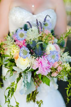 Beautiful bridal bouquet by @McNamaraFlorist for a Traders Point Creamery Zionsville Wedding