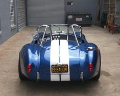 Old school booty Shelby Cobra Replica, Mustang Shelby Cobra, Classic Sports Cars, Classic Cars, Ac Cobra 427, Ford Gt, Sport Cars, Luxury Cars, Old School