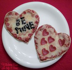 Kitchen Fun With My 3 Sons: Valentine Heart Pita Pizzas