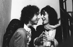 Patti Smith and Bob Dylan in 1975, the year that they met. Source: Vanity Fair.