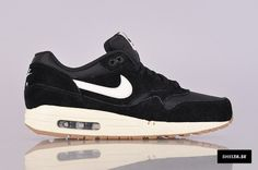 Nike Sportswear Air Max 1 Essential (537383-001)