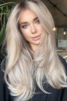 Blonde Hair Shades, Blonde Hair Looks, Sand Blonde Hair, Blonde Long Hair Cuts, Blonde Hair With Layers, Long Bronde Hair, Blond Hair Colors, Blonde Hair Bangs, Long Blonde Hairstyles