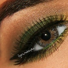 green eyeshadow