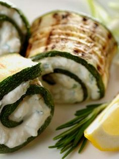 Looking for a tasty way to kick start the week? Try our Grilled Zucchini Rollups for a refreshing and filling meal. #philly4passover #ad