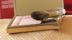 The Black Pearl Blog - UK beauty, fashion and lifestyle blog: Clarins Blush Prodige Illuminating Cheek Colour 02 Soft peach - review