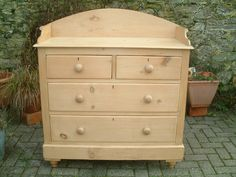 A Large Restored Victorian 4 Drawer Chest - Antiques Atlas
