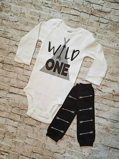 Baby boy clothes wild one outfit personalized gift first birthday boy arrows teepee birthday boho wild one birthday outfit leg warmers First Birthday Outfits Boy, Baby First Outfit, Baby Boy Birthday, Baby Boy Outfits, Birthday Ideas, Tribal Baby Shower, Baby Boy Shower, Baby Boy Decorations, Baby Boy Announcement