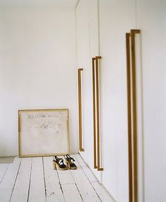 BODIE and FOU★ Le Blog: Inspiring Interior Design blog by two French sisters: I like this...simply perfect