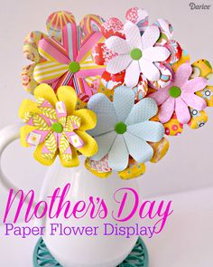 Make this pretty Mother's Day DIY paper flowers bouquet. It's easy to personalize a gorgeous bouquet of flowers for mom, grandma, or a good friend!! Paper Flowers Diy, Tissue Paper Roses, Flower Crafts, Handmade Flowers, Diy Paper, Flower Punch Board, Flowers For Mom, Diy Mothers Day Gifts, Mother's Day Diy