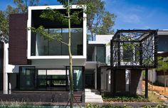 Holland Park Residence in Singapore by WOHA Architects