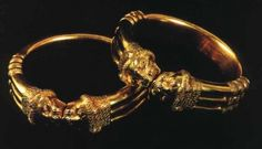 Assyrian Treasures from the city of Kalhu(Nimrud)    Assyrian Golden bracelets 8th century BC in Queen tombs    The Iraqi Museum - Baghdad