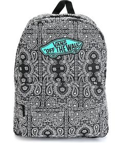 A bandana print canvas exterior is accented with a contrast mint Vans Off The Wall logo patch for a look that pops, while the roomy compartment and front pouch pocket is perfect for storing your things.