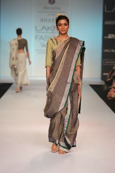 mulberry and jasmine handwoven linen sari !