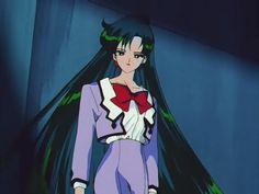 Setsuna knows how to rock the business chic.