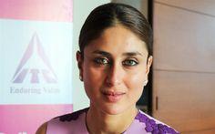 Lataa kuva Itse Asiassa Kapoor, Intian näyttelijä, 4k, hymy, muotokuva, ruskeaverikkö, Bollywood, kauniita naisia, Intialaiset naiset