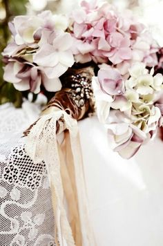 #wedding #flowers #design #photo #bride #bouquet