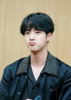 Pouty Jin #BTS