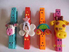 Broches Decorados Con Apliques En Porcelana Fria