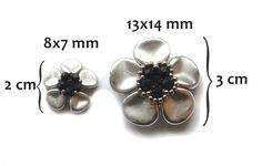 FREE tutorial on web site. Koraliki tudzież: kwiatuszki z rose petals - mini tutorial