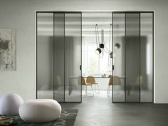 FerreroLegno manufactures valuable wooden doors for interior. The doors made by FerreroLegno combine the high Made in Italy design with a great value for money. Sliding Wall, Sliding Glass Door, Sliding Doors, Murs Mobiles, Movable Walls, Interior And Exterior, Interior Design, Glass Partition, Room Doors