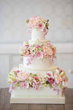 Floral Wedding Cakes Snippets Whispers and Ribbons – Delightful and Delicious Spring Wedding Cake Ideas - Mouth-wateringly pretty Spring wedding cake decorations Fondant Wedding Cakes, Floral Wedding Cakes, Elegant Wedding Cakes, Wedding Cakes With Flowers, Floral Cake, Wedding Cake Designs, Flower Cakes, Elegant Cakes, Cake Wedding