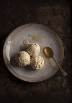 This ginger miso ice cream is now up there amongst the best and most delicious ice creams I have ever made. I am extremely proud of it. The fact that it contains no eggs or dairy and is vegan, is q...