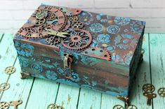 Steampunk diy 203365739404396254 - Top 5 and Prize Winners – October Challenge Source by missbeadhaven Cigar Box Art, Cigar Box Crafts, Cigar Boxes, Altered Boxes, Altered Art, Mixed Media Boxes, Steampunk Crafts, Funky Painted Furniture, Decoupage Box