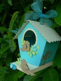 tutorial birdhouse--need to make SVG file Diy And Crafts, Crafts For Kids, Paper Crafts, Craft Projects, Projects To Try, Bird Boxes, Paper Houses, Paper Art, Card Making