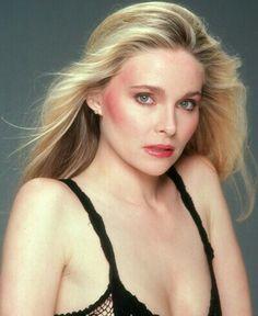 Priscilla Barnes played Della Leiter in Licence to Kill, 1989 Priscilla Barnes, Licence To Kill, Most Beautiful, Beautiful Women, Three's Company, James Bond Movies, Bond Girls, Classic Beauty, Celebs