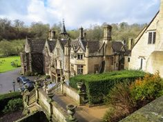 Castle Combe, Cotswold England photo via sherll England Ireland, England And Scotland, London England, England Uk, Places To Travel, Places To See, Moving To New Zealand, Castle Combe, British Isles