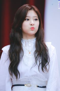 181111 Yeongdeungpo fan signing  #izone #minju