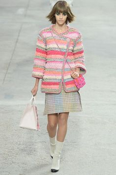 Chanel, spring/summer 2014 - could be crochet