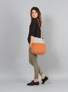 Schultertaschen - Tasche Klara 3 // orange - ein Designerstück von MINUK bei DaWanda