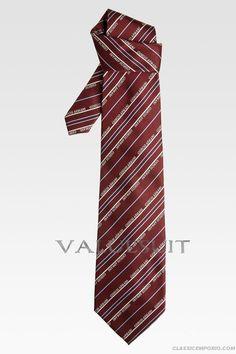 Giorgio Armani Amaranth Woven Silk Men's Tie
