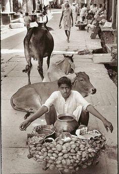 © Henri Cartier-Bresson/Magnum Photos.   Mathura, 1950.