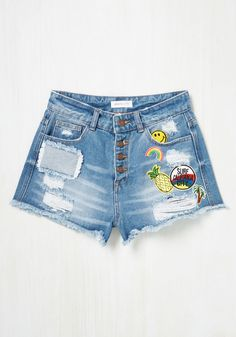 With denim shorts as rad as these, you'll be stoked to see how they mingle with your fave tops and coolest kicks. Distressed to edgy delight, and detailed with a group of colorful patches and a row of copper buttons, these cotton cut-offs are up to join forces with your latest warm-weather looks!