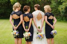 Loving the #lace backs of these #navy #bridesmaids dresses {Photography by Cynthia}